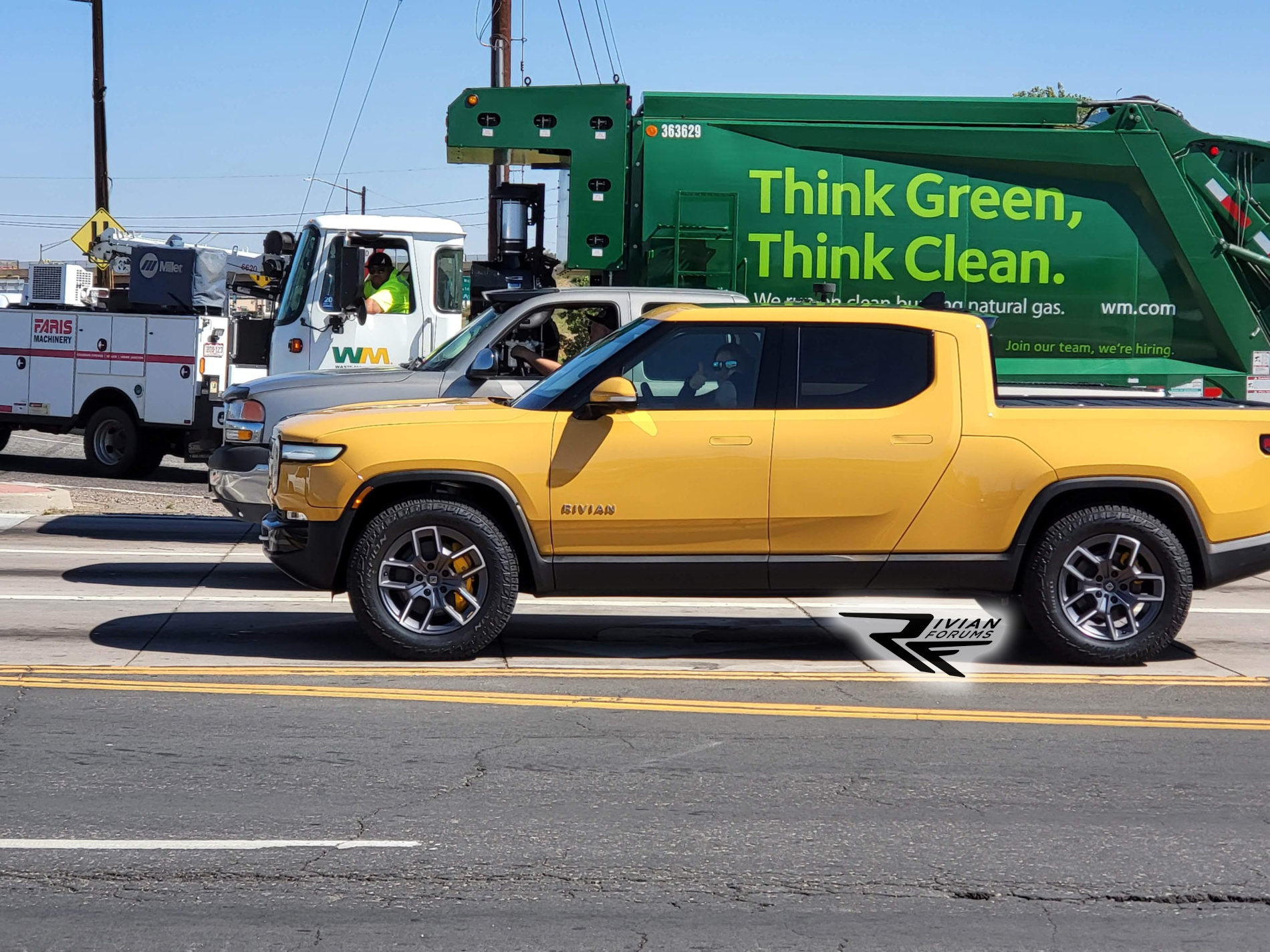 Compass Yellow Rivian R1T.png