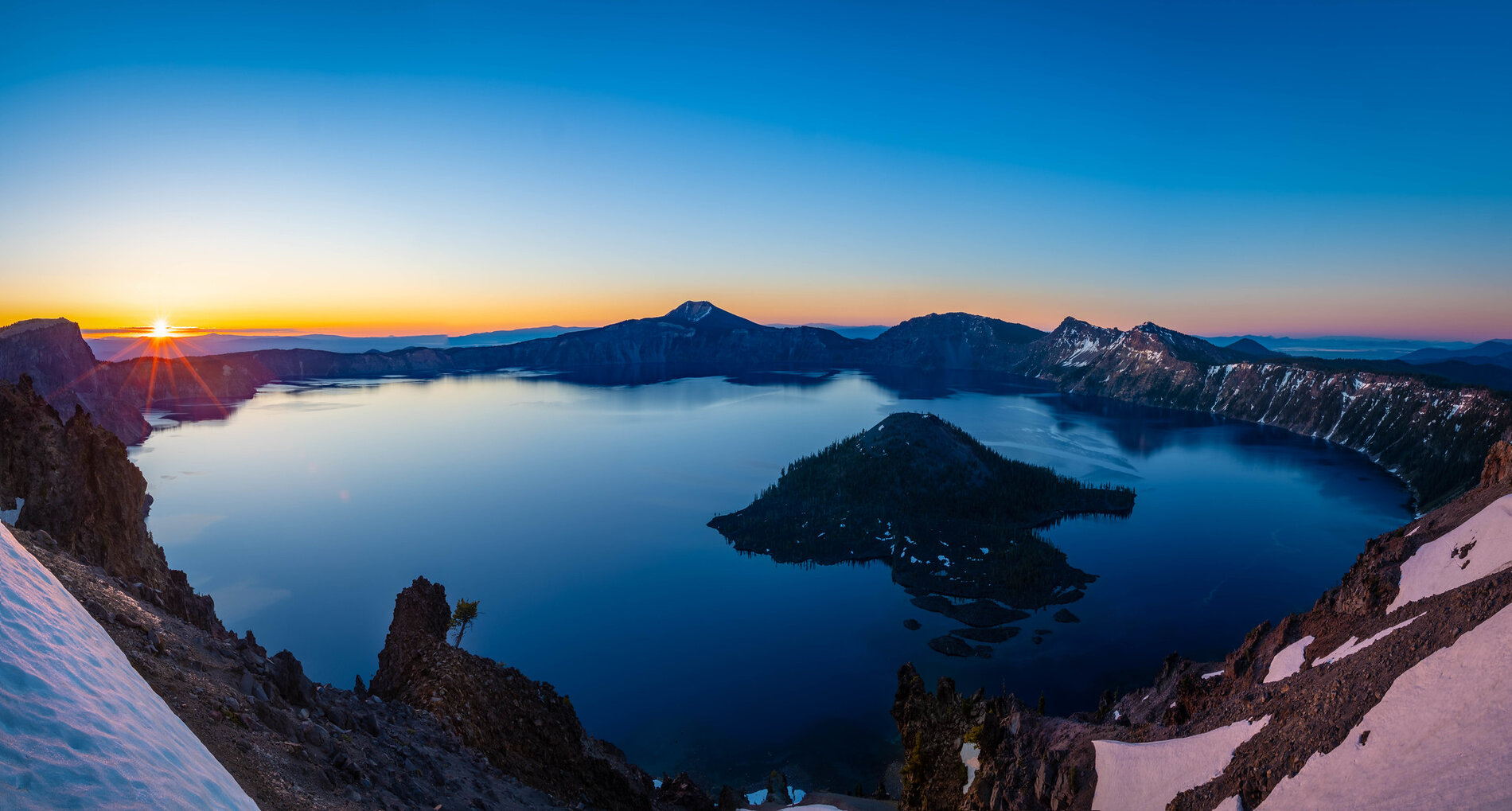 Crater-Lake-photo-by-CEBImagery-via-Flickr-CC2.jpg